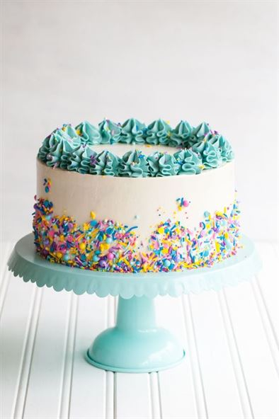 Birthday Cake For Girls With Crown On Top